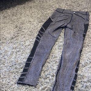 Lululemon Black and White Patterned Mesh Leggings